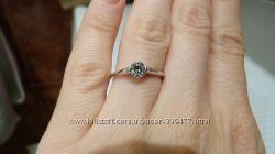 Продам новое кольцо золотое, проба 585, недорого