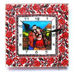 Настенные витражные часы в украинском стиле. Ручная работа