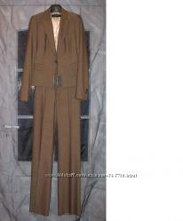 Брючный костюм Zara, новый, темно-горчичного цвета, разм. S
