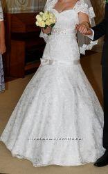 Чарівне весільне плаття