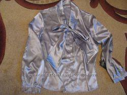 Продам блузку женскую 42 размер европейский, наш 48-50