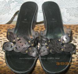 Шлепки женские 39 размера Италия