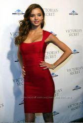 Красное сексуальное бандажное платье Herve Leger