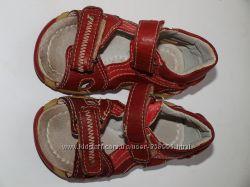 Босоножки сандалики натуральная кожа 21 разм. но 13, 5 см стелька как новые