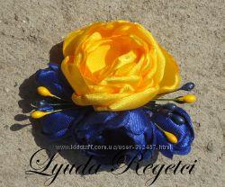 Цветы из ткани - броши и заколки