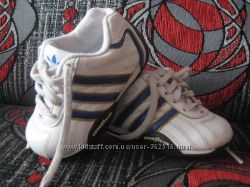 Кожаные кроссовки Adidas good year