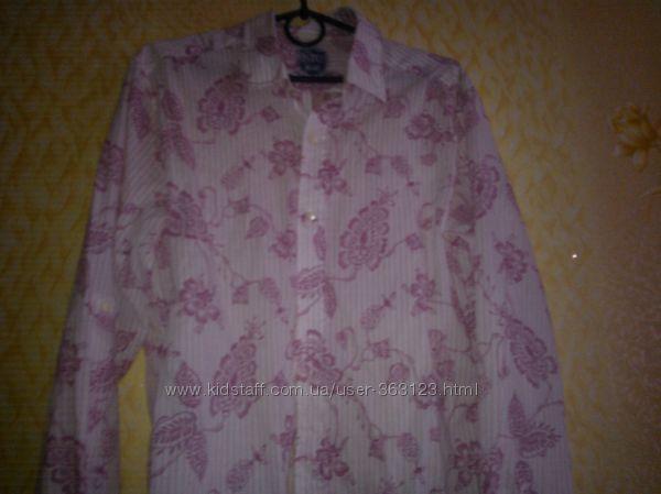 рубашка с розовым рисунком