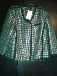 Нарядный и стильный пиджак Mango