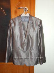шикарный костюм 40 р-р на рост до 165 см