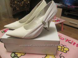Туфли белые нарядные свадебные ТМ Queen