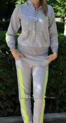 Распродажа Женские трикотажные спортивные костюмы
