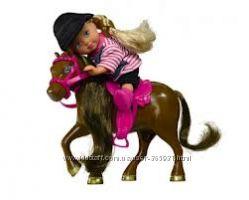 Фирменные принцессы  Evi от Simba  с пони. верховая езда