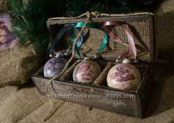 Новогодние шары в старорусском стиле.