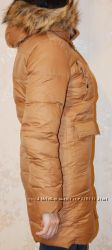 Пуховик Moncler с накладными карманами. В наличии.
