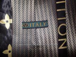 Чёрно-золотой галстук