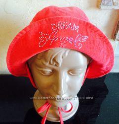 Велюровая шапочка для девочки