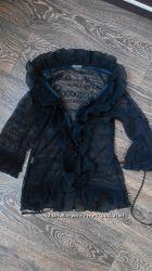 Красивая просвечивающаяся блузка с надписями RoccoBarocco. Размер 42.