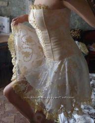 Шикарное вечернее, для танцев или для сведетельницы на свадьбу платье