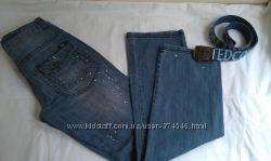 Итальянские джинсы BENETTON, с поясом.