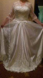 Свадебное платье, р-р L, молочного цвета