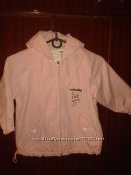 Курточка для девочки  состояние новой и новая шапочка в подарок