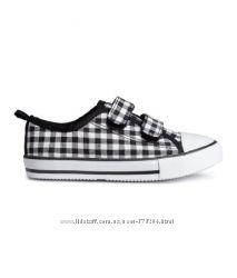 Легкие кроссовки на липучках от Н&М