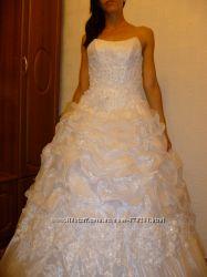 Платье свадебное даром