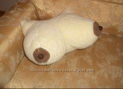 Подушка Грудь из овчины, подушка-прикол