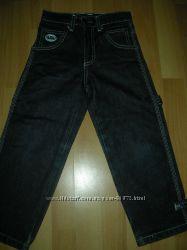 Продам джинсы Fubu  на рост 110-116 см