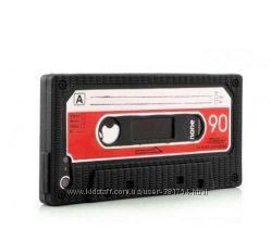 Чехол  Ретро кассета для iPhone 5.