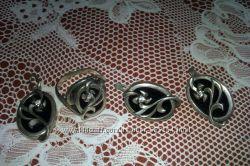 продам гарнитуры серебрянные, кольцо