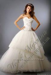 Продам свадебное платье с камнями сваровски