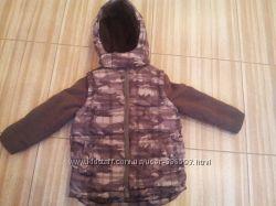 Теплая курточка  на 2-3 года