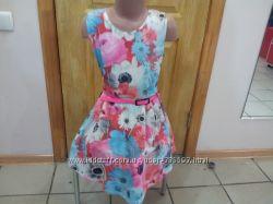 Платья с цветочным принтом, комплекты  от 7 до 10 лет.