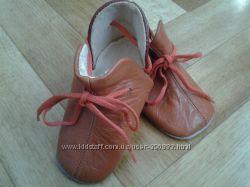 Продам кожаные ботиночки-пинетки за Вашу цену