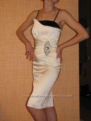 Красивое коктейльное вечернее платье нарядное
