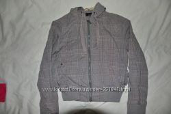 лёгкая куртка -ветровка Сток р-р 42-46