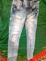 джинсы Terranova