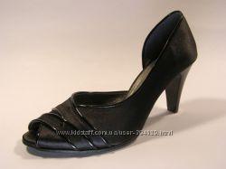 атласные кожанные туфельки