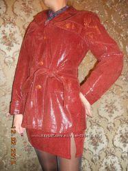 Фирменная кожаная итальянская куртка костюм лазерное тиснение