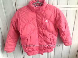 Фирменная курточка Adidas на 8 лет. Состояние- как новая