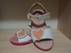 Новые туфли  и босоножки  GARVALIN . 25р цена до 20. 03