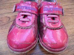 Туфли 22 и  25  размер для девочки. замша  кожа