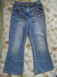 Джинсы, вельветовые брюки на девочку 5-7 лет