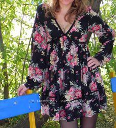 Красивое красочное коротенькое платье XS-S, можно и на беременность