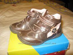 BEEKO ботиночки 26 р-р