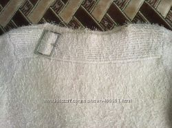 Тепленькие свитерки, кофточки почти даром