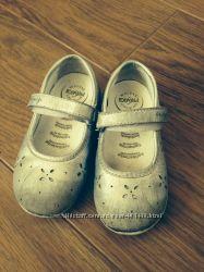 продам туфельки primigi 23 р