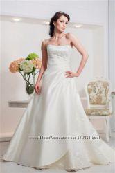 Фирменное свадебное платье Dominiss