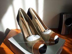Новые туфли кожанные